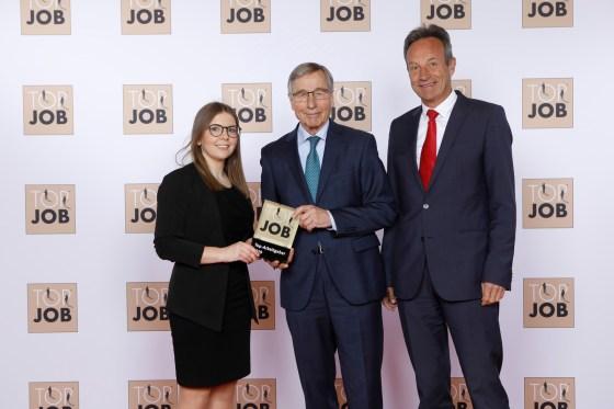 Von links: FSB Personalreferentin, Julia Frank, Wirtschaftsminister a. D. Wolfgang Clement und FSB Geschäftsführer Jochen Bauer.