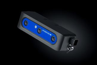 Die neuste Ensenso 3D-Kamera ist besonders leicht und ideal für kollaborative Robotik mit KI-Unterstützung in der Logistik.