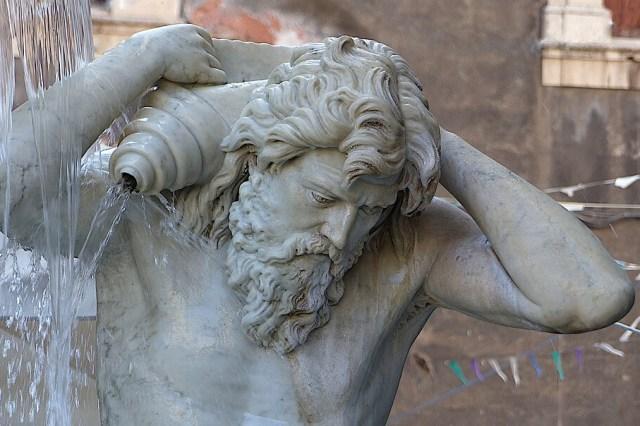 Statue dans le centre de Catane