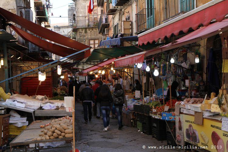 March 233 Et Quartier De Ballar 242 224 Palerme Sicile Sicilia