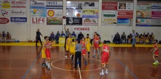 Giarre-ZS Group Messina palla adue