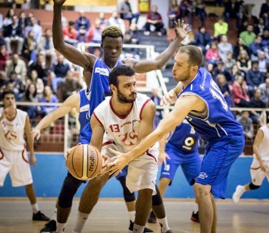 Fathallah (Basket School Messina) contro Ragusa - foto di Vincenzo Nicita Mauro