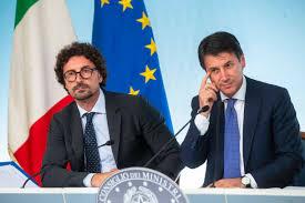 Ultimi giorni di confronto tra governo e regioni prima che entri in vigore il nuovo Dpcm. Le proposte da parte della Sicilia.