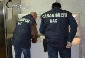 I Carabinieri del Nas negli stabilimenti balneari. Una denuncia ad Agrigento