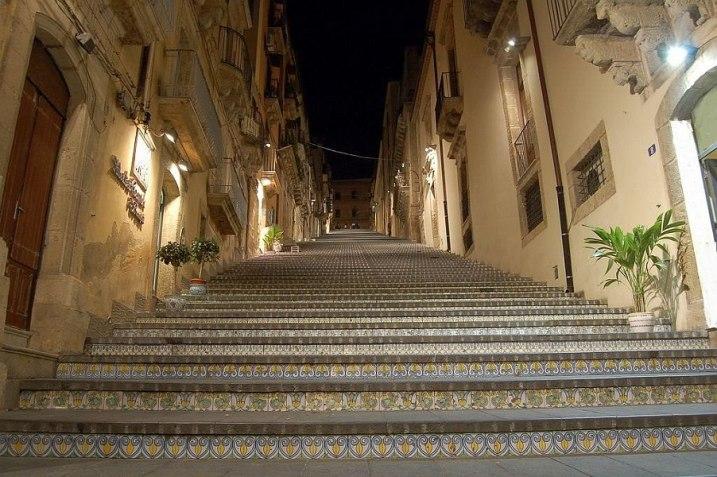 Caltagirone - Scala di S Maria del Monte