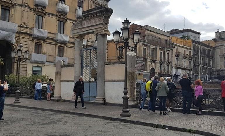 """Il """"miracolo dei custodi ritrovati"""": riapre l'anfiteatro romano di Catania"""