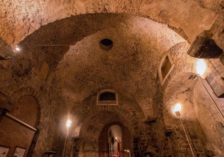 Le sculture della Jacaranda nel cuore bizantino di Catania