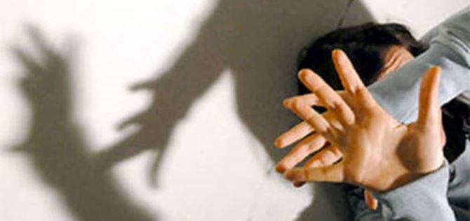 Giovane minacciata di morte e violentata: arrestato un uomo