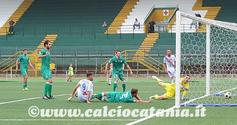 Avellino - Catania 3-6 Esordio con i fuochi d'artificio