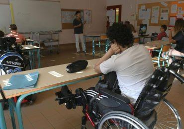 Scuola, ancora non pronti i servizi per 1.300 alunni disabili