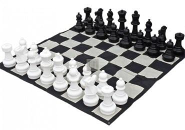 Riflessione e logica, in bianco e nero