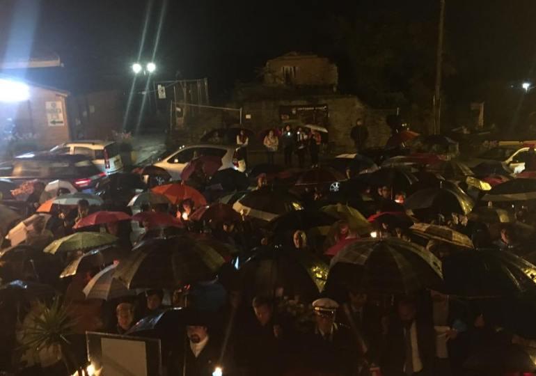 Fleri, dopo il terremoto tutta la comunità riabbraccia la Madonna del Rosario