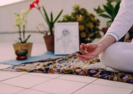 Quarantena con yoga e meditazione