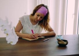 Prendi carta e penna: ti spiego perché scrivere fa bene alla mente
