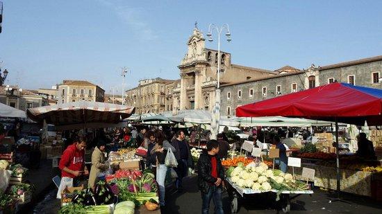Chiusi i mercati di Catania fino al 3 aprile