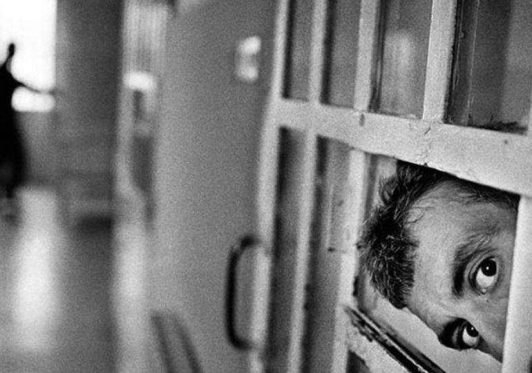 """Salute mentale in carcere, Antigone: """"La parità di cure, un diritto necessario"""""""