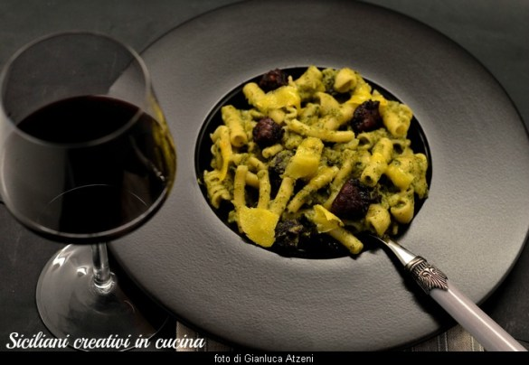 Pasta con broccoli e salsiccia, un classico della cucina del Sud Italia