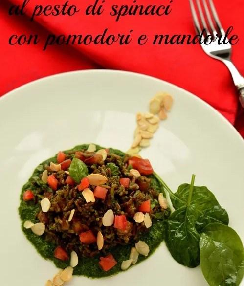 Riso Hermes al pesto di spinaci, con pomodori e mandorle
