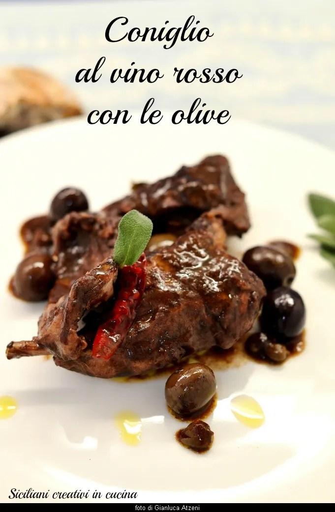 Kaninchen in Rotwein mit Oliven