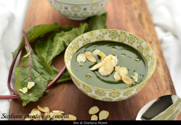 Crema di foglie di rapa e mandorle: ricetta leggera, facile e di riciclo