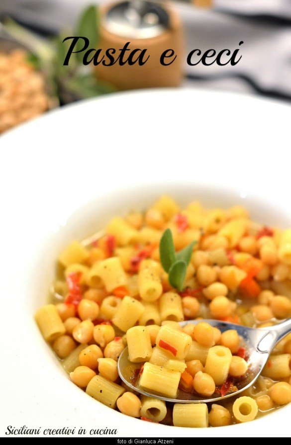 Pasta with chickpeas: Italian traditional recipe, easy and tasty