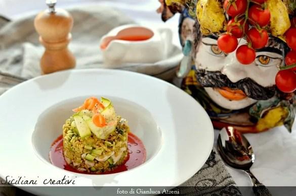 Insalata di avena e pesce spada su gazpacho: ricetta facile e leggera