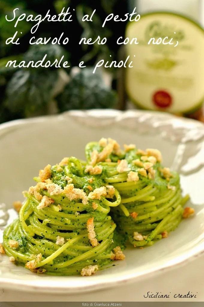 Spaghetti al pesto of cabbage with walnuts, almonds and pine nuts
