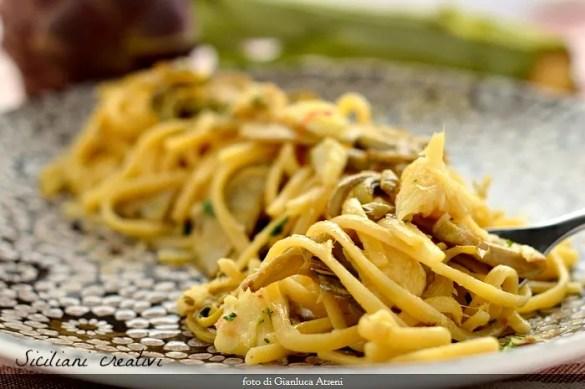 Linguine con ragù di scorfano e carciofi allo zafferano, un primo piatto mare e monti per cene con ospiti che amate