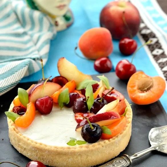 Crostata fredda di ricotta e frutta