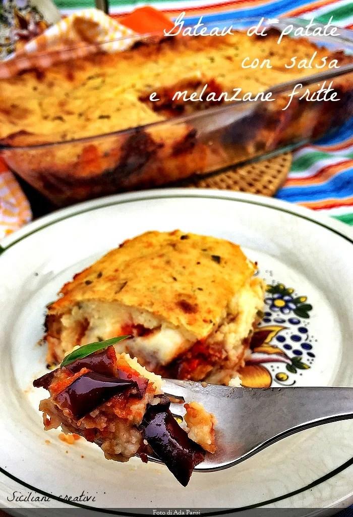 Gateau di patate con salsa e melanzane fritte: ricetta siciliana deliziosa