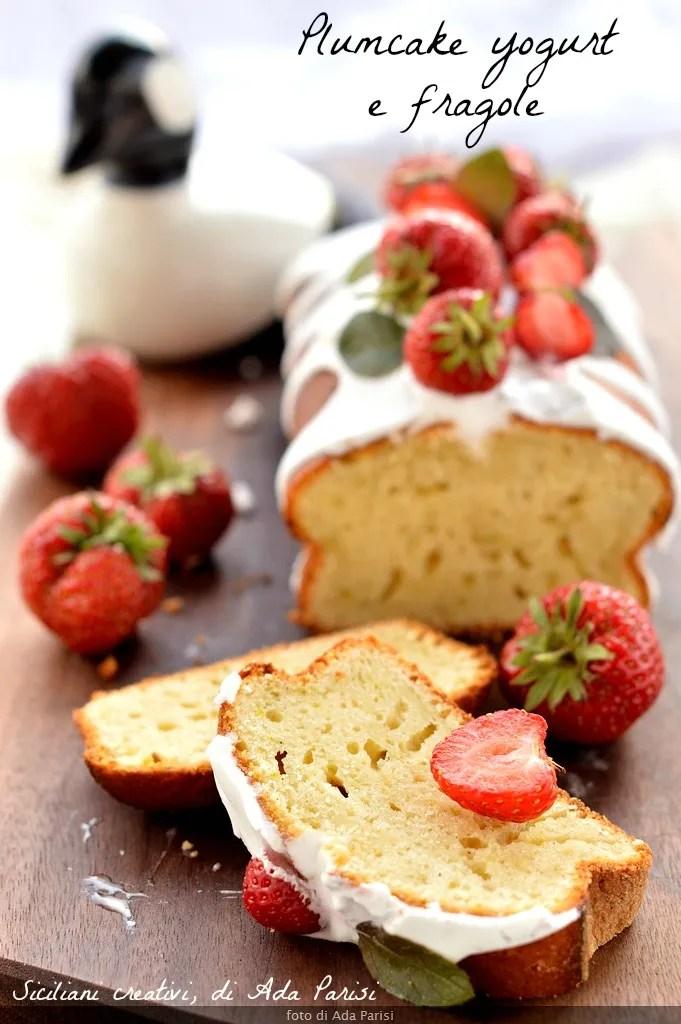 Plumcake yaourt et fraises fraîches