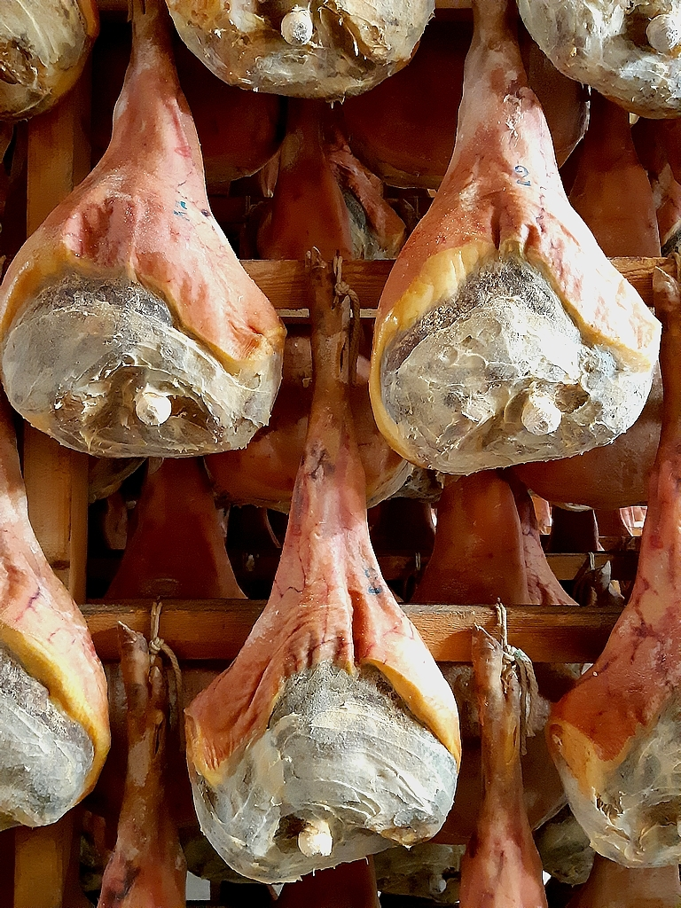 Made in Italy: how do prosciutto San Daniele Dop