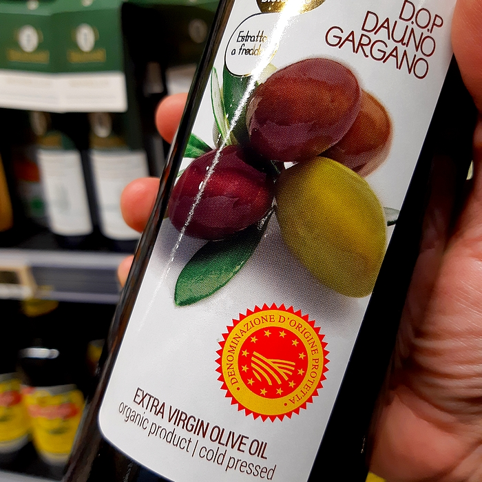 Olive oil: we learn to read the label to buy consciously