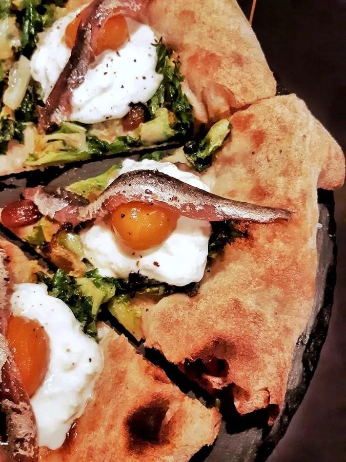 "A Messina la pizzeria ""Via Lanterna"": pizze gourmet e a km zero"
