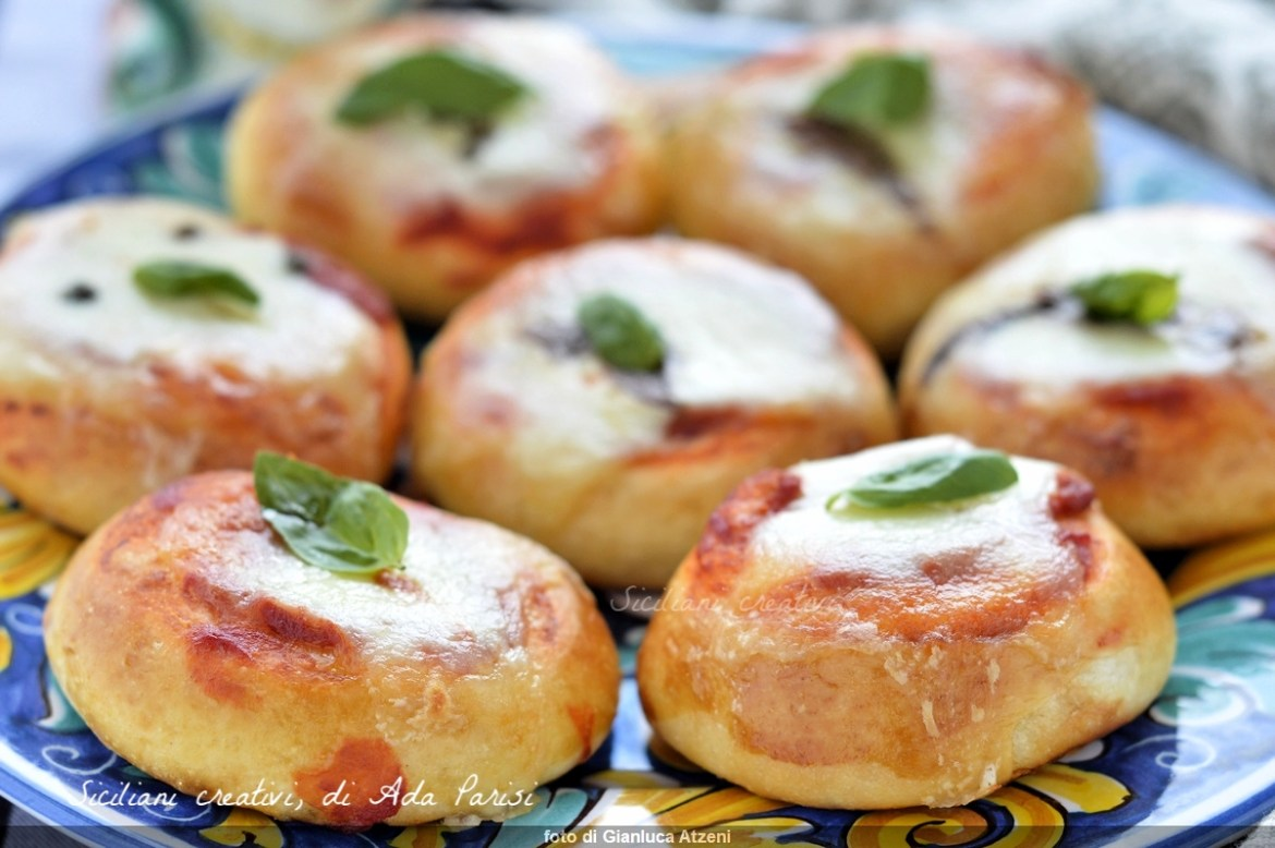 Sicilian pizzas and diner or bar dough