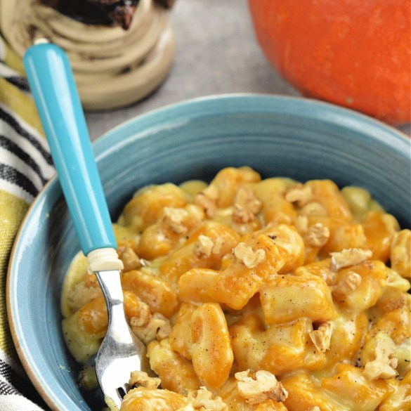 Gnocchi di zucca al gorgonzola e noci