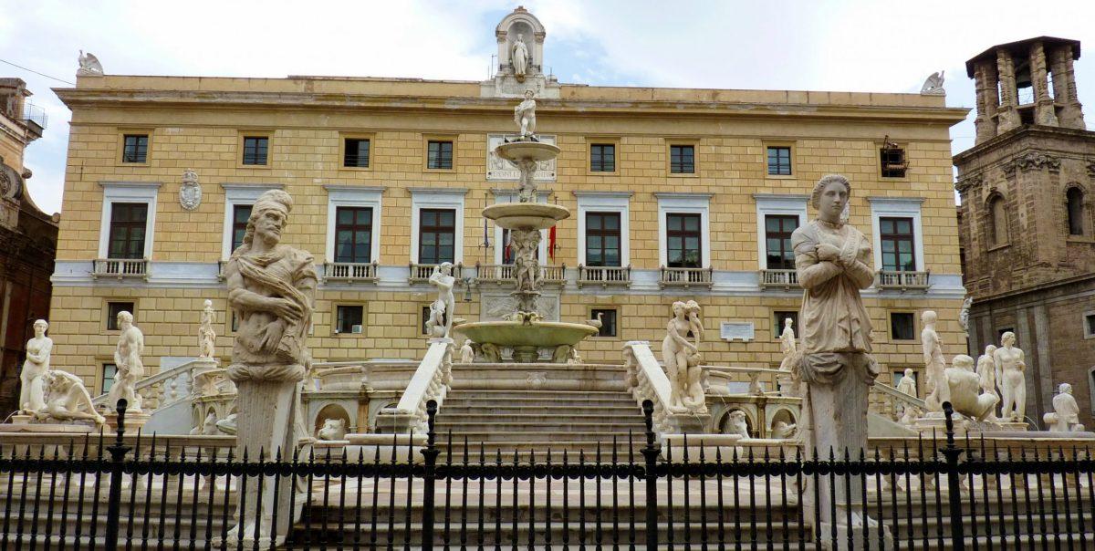 Il Comune di Palermo rischia il dissesto e Orlando tenta un improbabile piano pluriennale di riequilibrio