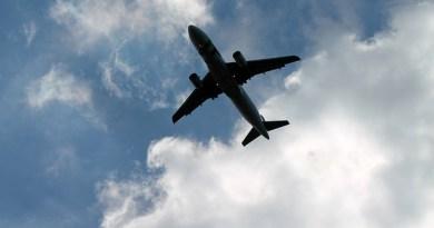 Coronavirus, il ministro dei Trasporti firma il Decreto Sicilia: sospesi i collegamenti passeggeri, via libera solo per le merci