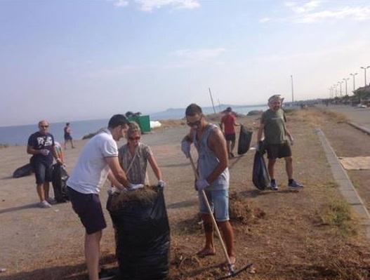 #Messina. PDR, opposizione e volontari insieme per le spiagge di Barcellona