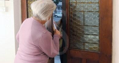 Da Roma alla Sicilia per derubare donne anziane: sgominata banda di rom