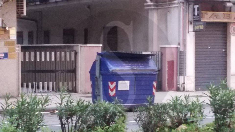 #Vistidall'albero. Rifiuti a Messina: storie di ordinaria emergenza