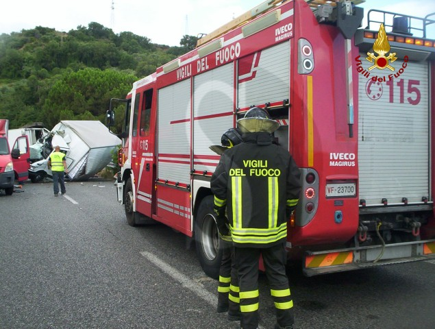 #Messina. Incidente A20, 2 morti e un ferito