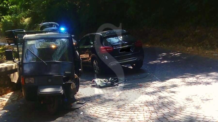 Cronaca. Messina, scontro sui colli Sarrizzo tra motoape e Suv: 2 feriti