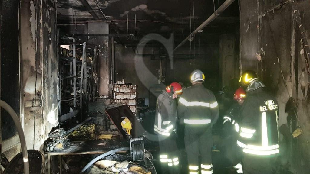 Cronaca. Messina, incendio nella lavanderia dell'ospedale Papardo. Indagini in corso