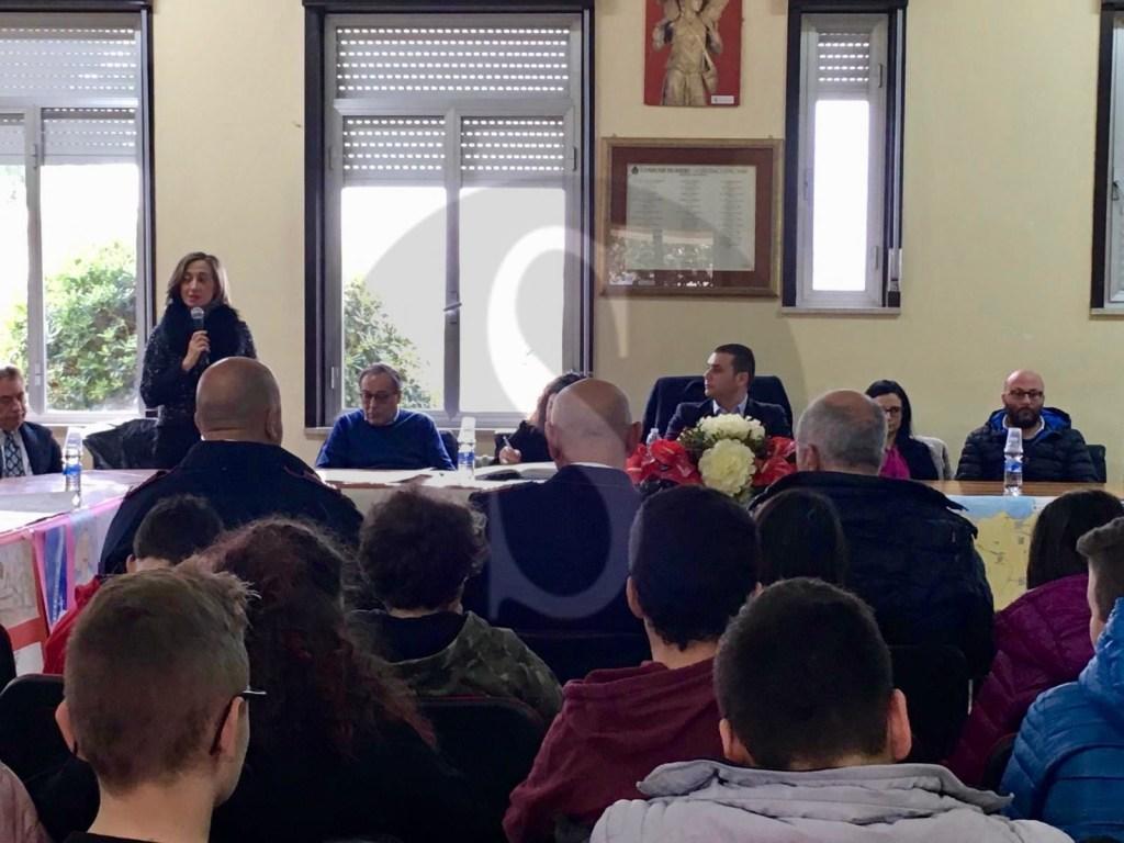 Merì, seduta del consiglio comunale aperta ai ragazzi delle scuole ricordando la Shoah