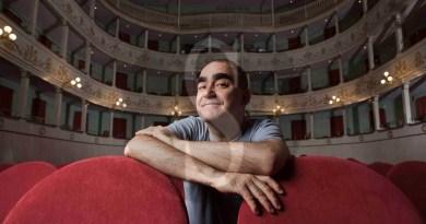 Elio al Teatro Massimo di Palermo con la Kids Orchestra per Britten e Pierino e il lupo