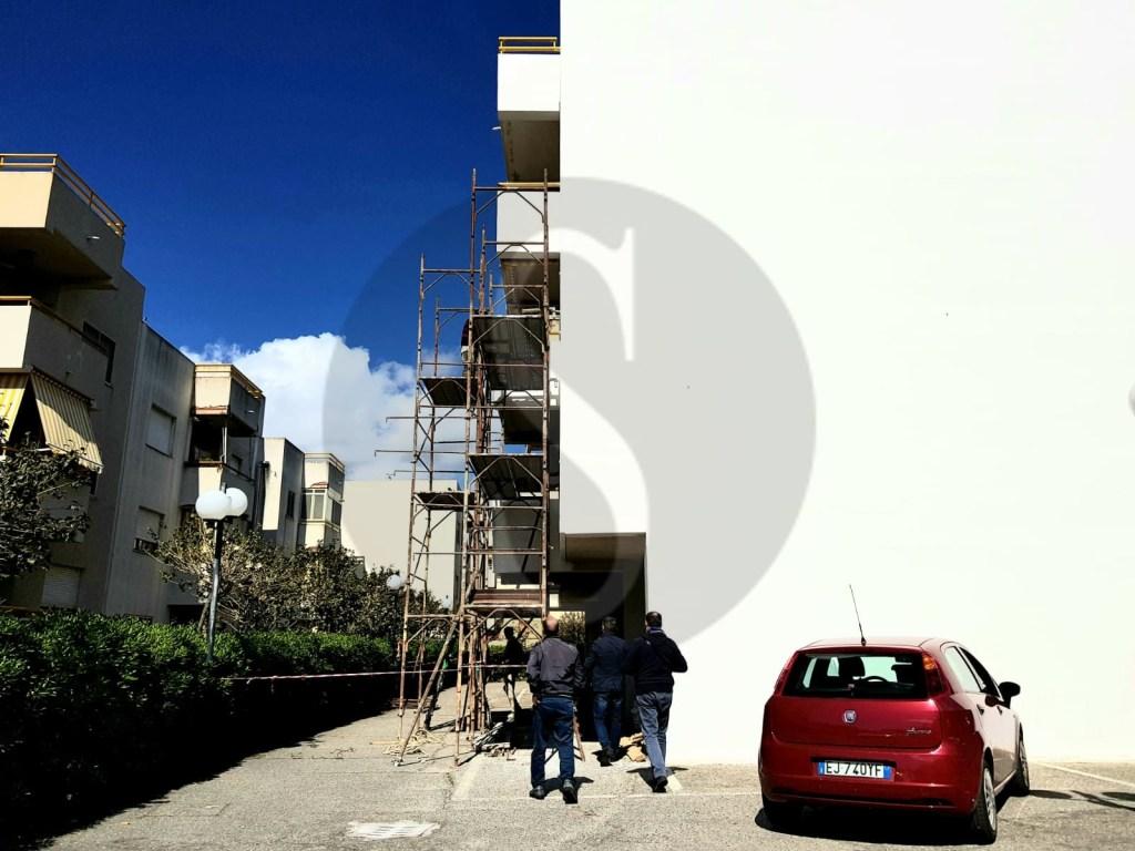 Messina, la Guardia di Finanza sequestra un cantiere che metteva in pericolo la vita degli operai