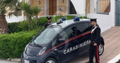 Detenzione e spaccio di droga a Salina, divieto di dimora in Sicilia e Calabria per due soggetti
