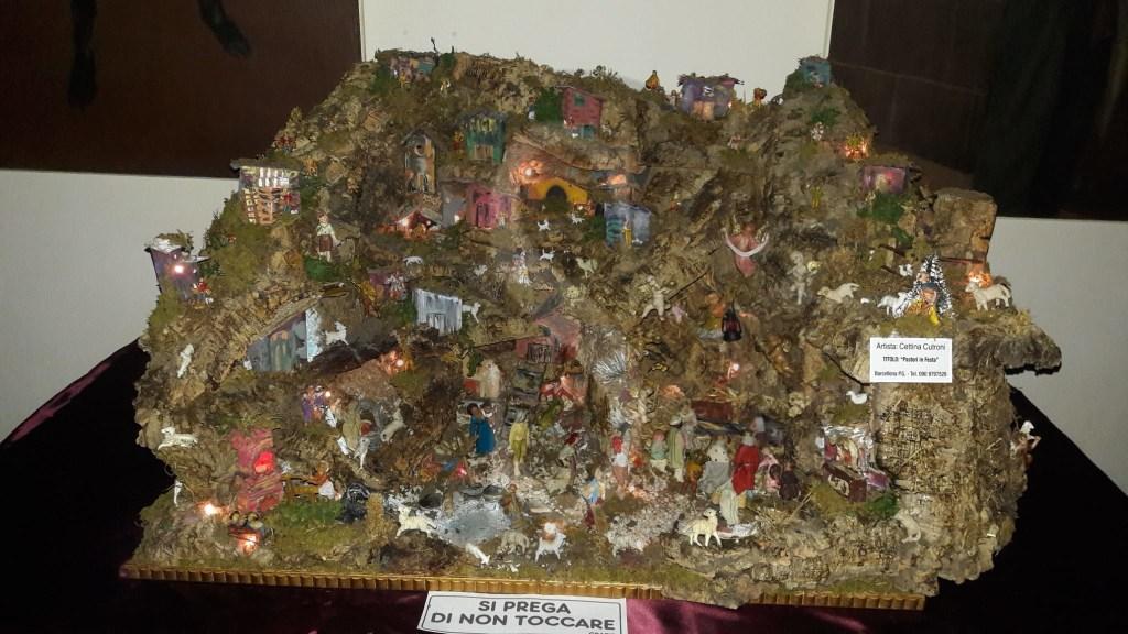 Merì, inaugurata al parco Sub Urbano la mostra dei presepi di Cettina Cutroni