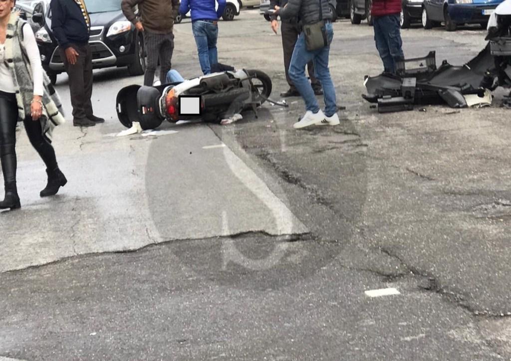 Messina, gravissimo incidente in via Orso Corbino: centauro in prognosi riservata